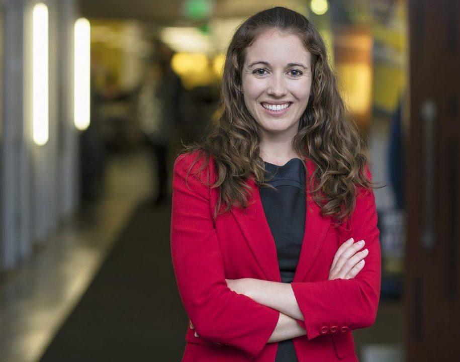 Lisa Curtis
