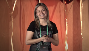 Lenguaje del futuro | Vicky Ricaurte | TEDxCESA