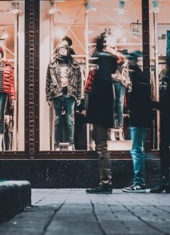 The Trends & Changes That Retailers In The Fashion Industry Will Experience Following The Coronavirus Crisis
