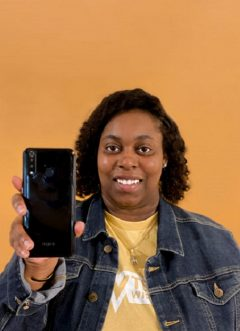 At 25, Chaymeriyia Moncrief Has Launched The First Black Woman-owned Smartphone Brand